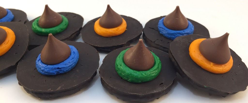 !Witch Hats Carb Counted Easy No Bake Halloween Treat 1024x429